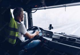 Haulage sector renews calls for EU drivers