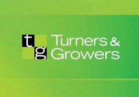 Turners & Growers lowers full-year loss