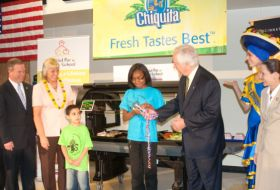Chiquita dedicates Cincinnati salad bar