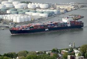 US port congestion hits NOL