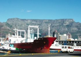 """""""Things improving"""" at port of Cape Town"""