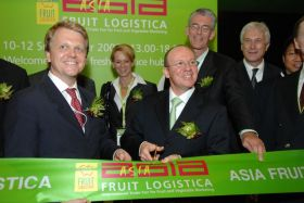 Fresh produce trade fair blasts off in HK
