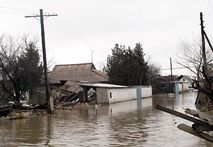 Flood hits Ukrainian crops