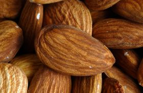 Record crop for Australian almonds