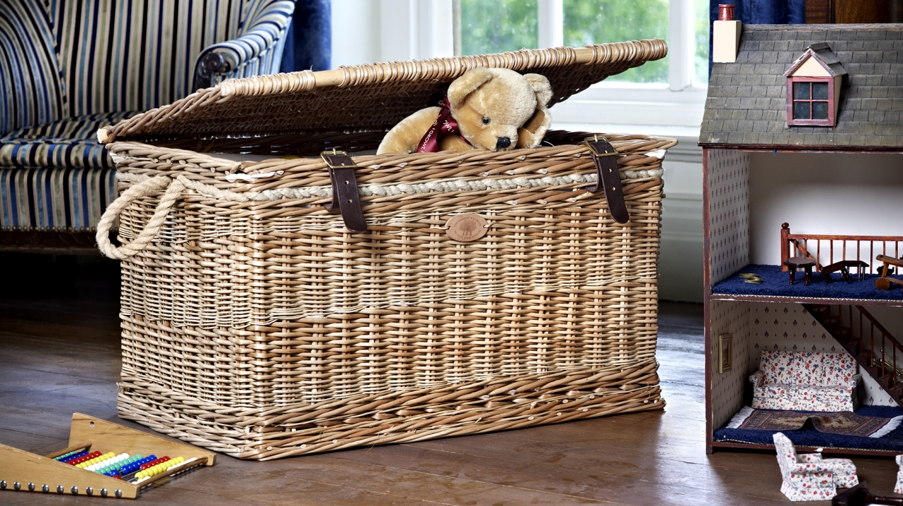 Willow Storage Trunk