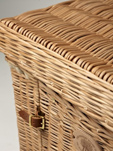 Chantilly Wine & Cheese Basket