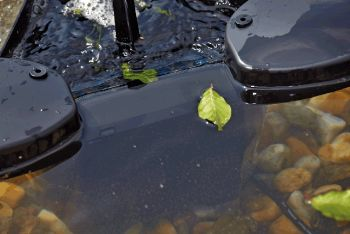 Swimskim 25 Floating Pond Skimmer