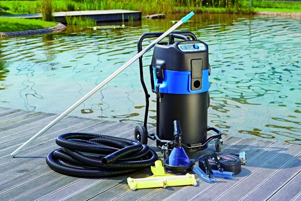 Pondovac premium oase pond vacuum cleaners water garden uk for Pond cleaner